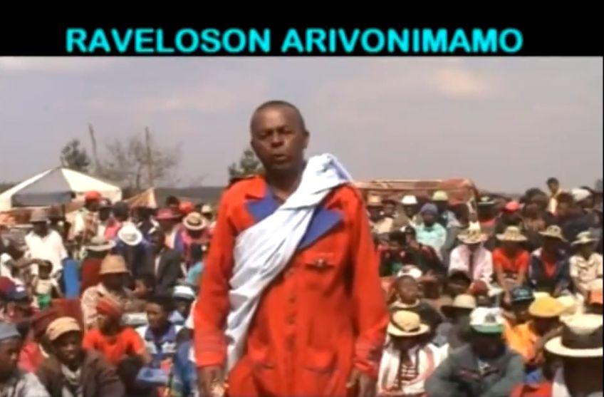 Hira gasy RAVELOSON ARIVONIMAMO