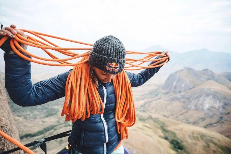 Sasha DiGiulian La première femme à escalader Mora mora de Tsaranoro Madagascar