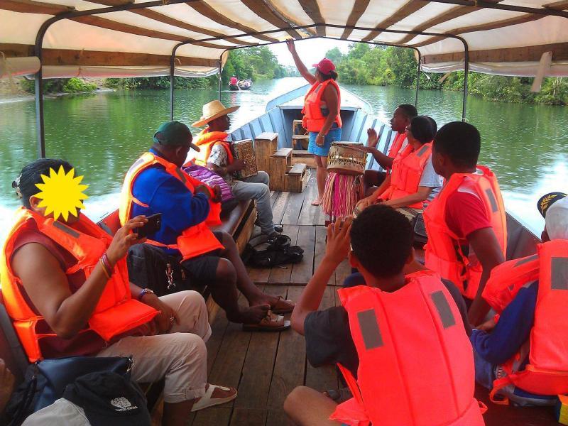 2 nuits sur le Canal des Pangalanes