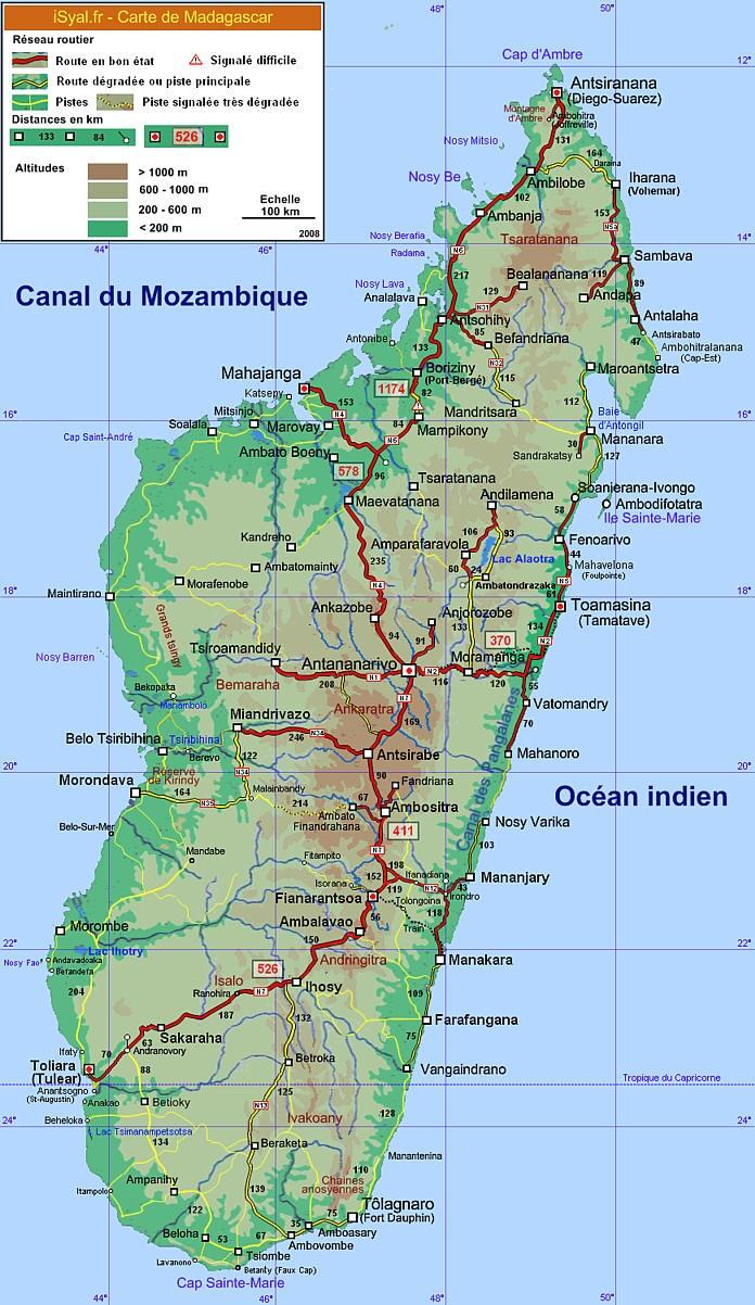carte touristique calculer les distances de parcours sur les routes nationales de Madagascar depuis Antananarivo