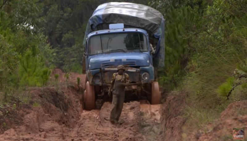 Les Routes de l'impossible - Madagascar, à l'assaut de l'Ile Rouge